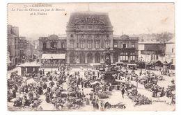 CHERBOURG - La Place Du Chateau Un Jour De Marché Et Le Theâtre - Cherbourg