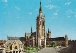 Ieper, Ypres, Schouwburg, Kathedraal En Hallen (pl38840) - Ieper