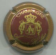 CAPSULE-CHAMPAGNE HUIBAN Auguste N°02 Bordeaux & Or Striée - Champagnerdeckel