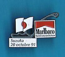 PIN´S //  ** CIRCUIT ** F1 ** SUZUKA ** 20 OCTOBRE 91 ** MARLBORO ** - Car Racing - F1