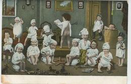 ENFANTS - BEBES - Jolie Carte Fantaisie Bébés Sur Pot De Chambre Et Jouets - Bébés