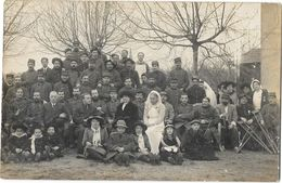 GUERRE 1914-18 Carte Photo  Hopital Militaire Infirmières Blessés Enfants A SITUER - Weltkrieg 1914-18