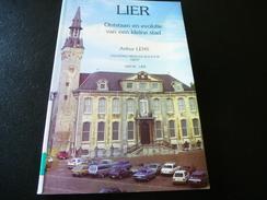 Lier Door Arthur Lens - Histoire