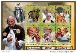 ST. VINCENT  3784 ; IGPC # 1110 SH ; MINT N H STAMPS ( POPE JOHN PAUL II - St.-Vincent En De Grenadines