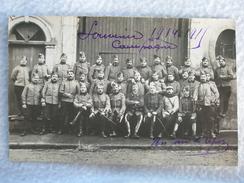CARTE POSTALE SOUVENIR CAMPAGNE 1914-1915 GROUPE DE DRAGONS / CAVALIERS / CHASSEURS POILU FRANCAIS - War 1914-18