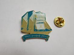 Beau Pin's , Marine Bateau Voilier , Rnov Shabab Oman ,  Trois-mâts Carré Du Sultanat D'Oman - Barche