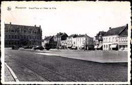 Cp Mouscron Wallonien Hennegau, Grand Place Et L'Hotel De Ville, Platz Mit Rathaus, Geschäfte - Sonstige