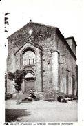Manot. La Place Et L'église De Manot. - Autres Communes