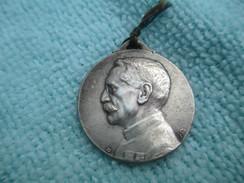 """Médaille Patriotique/Gallieni/ """" Jusqu'au Bout"""" / Paris 'Art/ PARIS/1914-18                 MED202 - Insegne"""