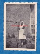 Photo Ancienne - BRUYERES En VOSGES - Portrait D'une Infirmiére - 22 Avril 1945 - TOP RARE - Lieux
