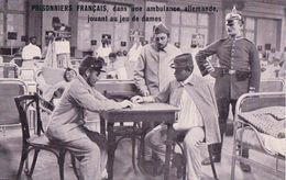 Guerre 14-18, Prisonniers Français En Allemagne Jouant Au Jeu De Dames (620) - Guerre 1914-18