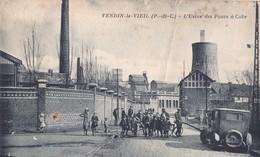 396/ Vendin-le-Vieil, L'Usine Des Fours A Coke, Mensen, Oude Auto - Francia