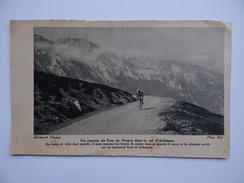 65 COUREUR Du TOUR De FRANCE COL De L'AUBISQUE Almanach Vermot - Cycling