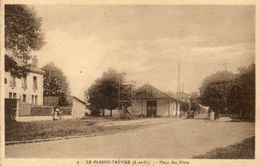 CPA - Le PLESSIS-TREVISE (94) - Aspect Du Quartier De La Salle Des Fêtes En 1946 - Le Plessis Trevise