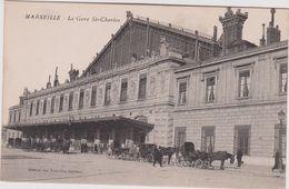 Bouches   Du  Rhône :MARSEILLE :  La  Gare  St  Charles  , Caléche - Marseille