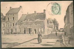 LESSAY - Une Rue (Hôtel Félix) (Boulangerie Albert Langeard) - France