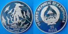 CAMBODIA 20 R 1989 ARGENTO 9999 SILVER PROOF WINTER OLYMPIC GAMES SKYER RARA MINTAGE PESO 16g TITOLO 0,9999 CONSERVAZION - Cambodge