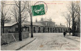 14 MEZIDON - La Gare     (Recto/Verso) - France