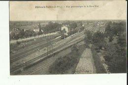 Chateau-la-Vallière  37    Vue Panoramique De La Gare Etat_Train A L'Arret En Gare - France