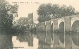 78 - MANTES-la-JOLIE - Le Vieux Pont Et L'Eglise - Mantes La Jolie