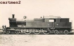 CARTE PHOTO : RAILWAY LOCOMOTIVE CHEMIN DE FER ZUG BAHNHOF LOKOMOTIVE STATION ESTACION LOCOMOTORA NEDERLAND - Trains