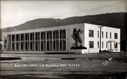 Cp Haiti, Exp. Int., Le Bureau Des Postes, Außenansicht Des Gebäudes, Wandbild - Haïti