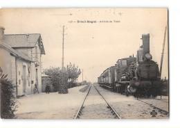CPA 17 Breuil Magné La Gare Et Le Train - France