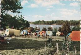 Bg - Cpsm Grand Format NEUVIC D'USSEL - Le Camp GCU Au Bord Du Lac - Ussel