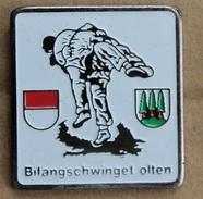 LUTTE SUISSE - BIFANGSCHWINGET - OLTEN - SCHWEIZ - SWITZERLAND - LUTTEURS - ( GRENAT) - Wrestling