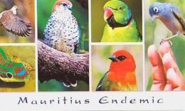 Ile Maurice        H21        Pink Pigeon , Day Gecko , Kestrel , Echo Parakeet Fody , Olive White Lye - Mauritius