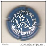 CAPSULE MUSELET CHAMPAGNE  GENERIQUE VALLEE DE LA MARNE  (oban) DOM PERIGNON (blanc Sur Bleu) - Champagne