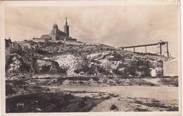 Cp , 13 , MARSEILLE , Notre-Dame De La Garde Et L'ascenseur - Notre-Dame De La Garde, Lift