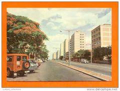 MAPUTO LOURENÇO MARQUES MOZAMBIQUE MOÇAMBIQUE STREET CLASSIC CARS CAR AUTOMOBILES AUTOMOBILE JEEP AFRICA AFRIKA AFRIQUE - Mozambique