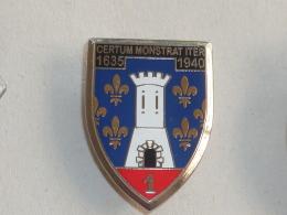 BROCHE, INSIGNE MILITAIRE, Signe ARTHUS BERTRAND  33 - Army