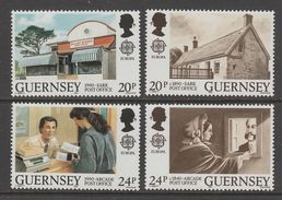 SERIE NEUVE DE GUERNESEY - EUROPA 1990 : BATIMENTS POSTAUX D'HIER ET D'AUJOURD'HUI N° Y&T 485 A 488 - Europa-CEPT