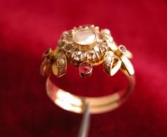 Anello Antico In Oro 7/9 Carati -  Antique Gold - Anelli