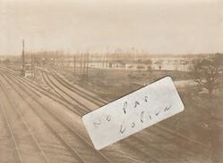 JUVISY SUR ORGE   - Inondations Janvier 1910  - Le Champ D'Aviation Et Les Voies Ferrées   - Photo  ( 8,3 Cm X 11,4 Cm ) - Places