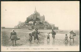 Pêcheurs Des Grèves Et Coquetières - Le Mont Saint Michel