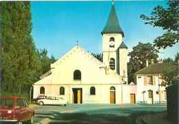 Cpsm -    Savigny Sur Orge -  L 'église  ,voitures Citroén Ami 6 Et DS   V878 - Savigny Sur Orge