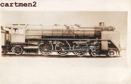 CARTE PHOTO : TRAIN LOCOMOTIVE ZUG BAHNHOF LOKOMOTIVE STATION ESTACION TRENO LOCOMOTORA - Trains