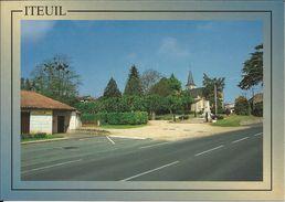 ITEUIL , Photo : Gérard Nau - Other Municipalities
