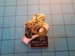 Pin810f Pin's Pins : BEAU ET RARE : PHOTOGRAPHIE 1990 REFLEX ARGENTIQUE PRESS LABO SERVICE , Marquage Au Dos : -  - - Photography