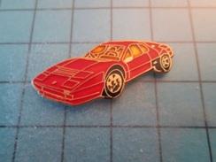 Pin810e Pin's Pins : BEAU ET RARE : FERRARI F40 ROUGE , Marquage Au Dos : - ---  - - Ferrari