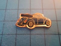 Pin810e Pin's Pins : BEAU ET RARE : VOLKSWAGEN LA VOITURE DE TONTON ADOLF DEACPOTABLE CABRIOLET , Marquage Au Dos : - - Volkswagen