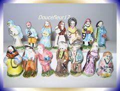Santons Anciens 14 Fèves ... Lot N°10 .. (0015) - Santons