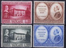 Vaticano 0241/244 ** MNH. 1957 - Vaticano (Ciudad Del)