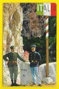 MENTON Douaniers Français Et Italiens à La Frontière (Adia) Alpes Maritimes (06) - Menton