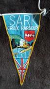 FANION BRODE SARK CREUX HARBOUR GUERNESEY - Obj. 'Remember Of'