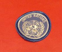 INSIGNE EN TISSU ARMEE FRANCAISE : UNITED NATIONS  , BON ETAT VOIR PHOTO .POUR TOUT RENSEIGNEMENT ME CONTACTER. REGARDEZ - Ecussons Tissu