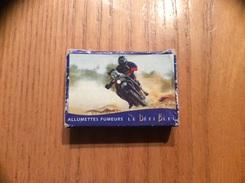 Boîte D'allumettes SEITA UNE ALLUMETTE POUR CHAQUE USAGE - LE DEFI BLEU - Série DAKAR 98 N°2/10 (moto) - Matchboxes